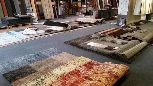 Vloerkleden en karpetten op voorraad